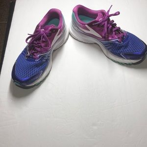 Brooks Launch 2 purple and blue running shoes 9